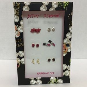 Betsey Johnson: Set of (6) Stud Earrings Gift Set